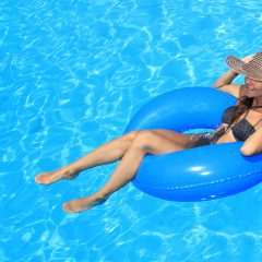Je eigen zwembad: waterplezier voor in de achtertuin